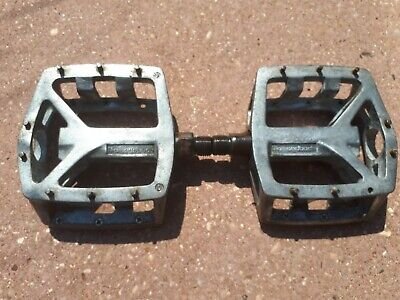 Mtb Diamond Back Alloy Flat Pedals With Replaceable Studs. • 3.50£