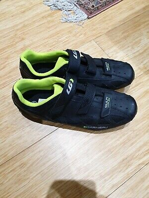 Mens Cycling Shoes Size 11 • 30£