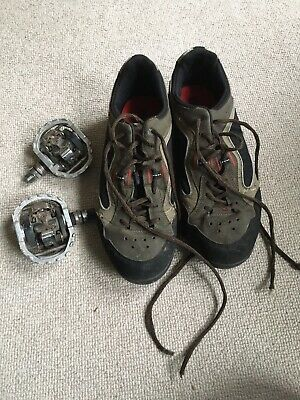 Diadora Clipless Cycling Shoes 9.5  Cleats And Matching SPD Pedals • 15£