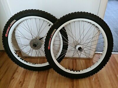 Halo Combat 24  Downhill Wheels. Dirt Jump / Freeride Wheelset With Tyres • 150£