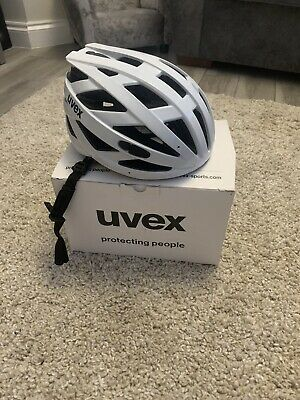Uvex Bike Helmet • 5.50£