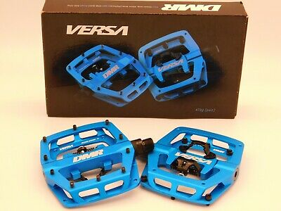 *BRAND NEW*DMR Versa - Dual Sided Flat/Clipless Bicycle Pedals Sandblast Blue • 83.99£