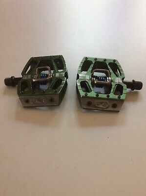 Crank Brothers MTB Pedals, Flat/clip-in, Green Anodized • 4.20£
