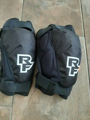 Race Face Knee Pads, Large, Used Twice • 30£