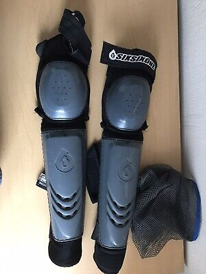 661 Knee And Shin Guards Large • 15£