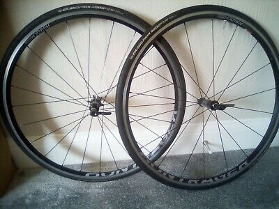 Bontrager Paradigm Elite TLR Wheelset With Continental GP4000s Tyres And Tubes  • 50£