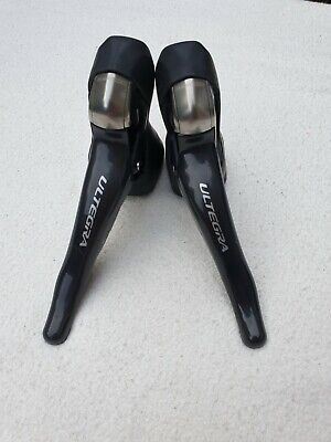 Shimano Ultegra ST-6700  Carbon Levers 10 Speed Good Condition !!! • 120£