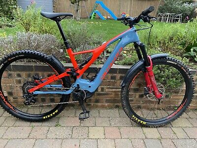 Specialized Turbo Levo Carbon Expert • 6,250£