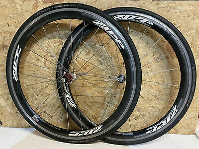 ZIPP 303 Carbon Wheelset / Tyres Included. • 52£