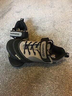 Shimano Spd Shoes - Eu 40 Womans / Ladies • 25£