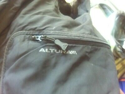 Mens GAP Cycling Jacket And Altura Trousers Large • 5£