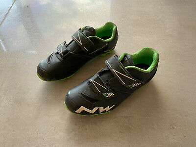 Northwave Hammer Junior UK Size 2.75  EU 35 • 5£