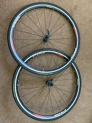 Shimano RS010 11 Speed Compatible Front And Rear Road Bike Wheel • 5£