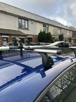 Thule Bike Carrier And Roof Bars • 64£