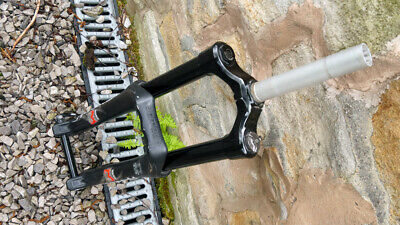Marzocchi 55r 2012, 26  160mm Fork, Straight Steerer • 11£