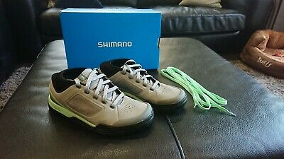 Shimano GR7  Mountain- Flat Pedal MTB Shoes - Grey / Green Women / Unisex Shoes  • 25£