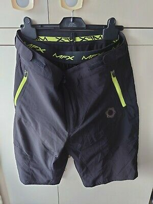 Muddy Fox Pure Padded Mens Casual Cycling Shorts.  Size Medium, New Without Tags • 24.99£