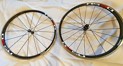 Shimano Wheels WH-RS30 Front And Rear Wheels • 100£