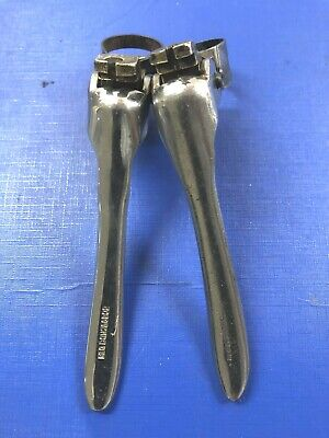 Vintage Pair Of 1940's Resilion Brake Levers,in Exc Condition For Age,complete • 49.99£
