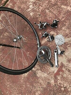 Shimano 105 Groupset And Front Wheels • 175£