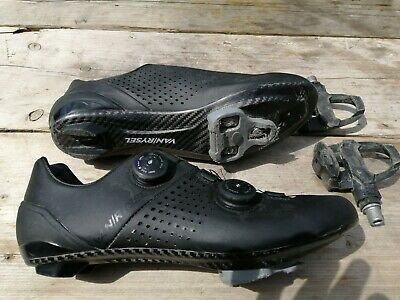 Decathlon Full Carbon Cycling Shoes And Pedals Size 9 • 80£