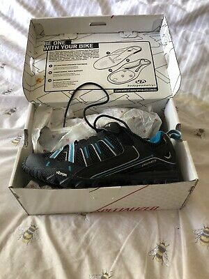 VIBRAM Cycling Shoes With Cleats Bike Shoes EU 39 UK Size 6 • 25£