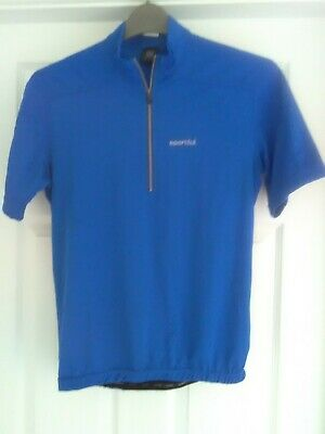 Cycling Top And Shorts, Small. • 8£