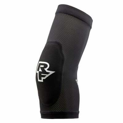 Race Face Charge Elbow Guard Stealth • 26.95£