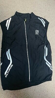 Altura Cycling Gilet Small • 15£
